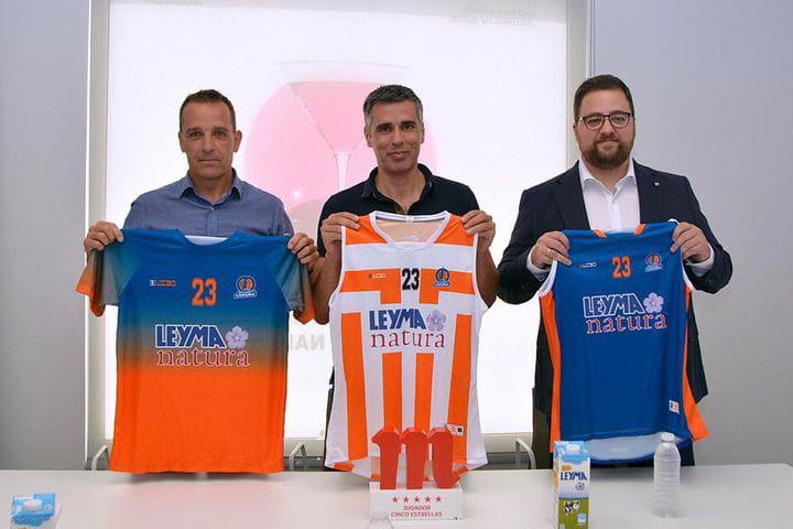 Presentación de Sergio García y  Yago Álvarez del Leyma Basquet Coruña